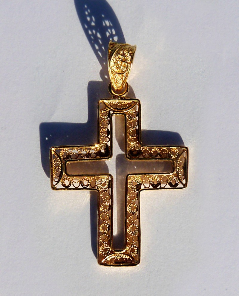 Why dream of a golden cross