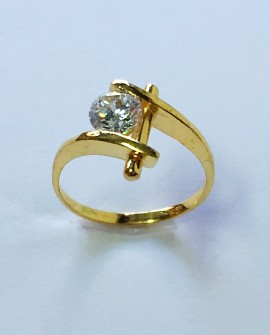 Solitary Gold 19.2K Ring with Zirconia Stone