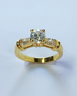 Solitary Gold 19.2K Ring with Zirconia Stones